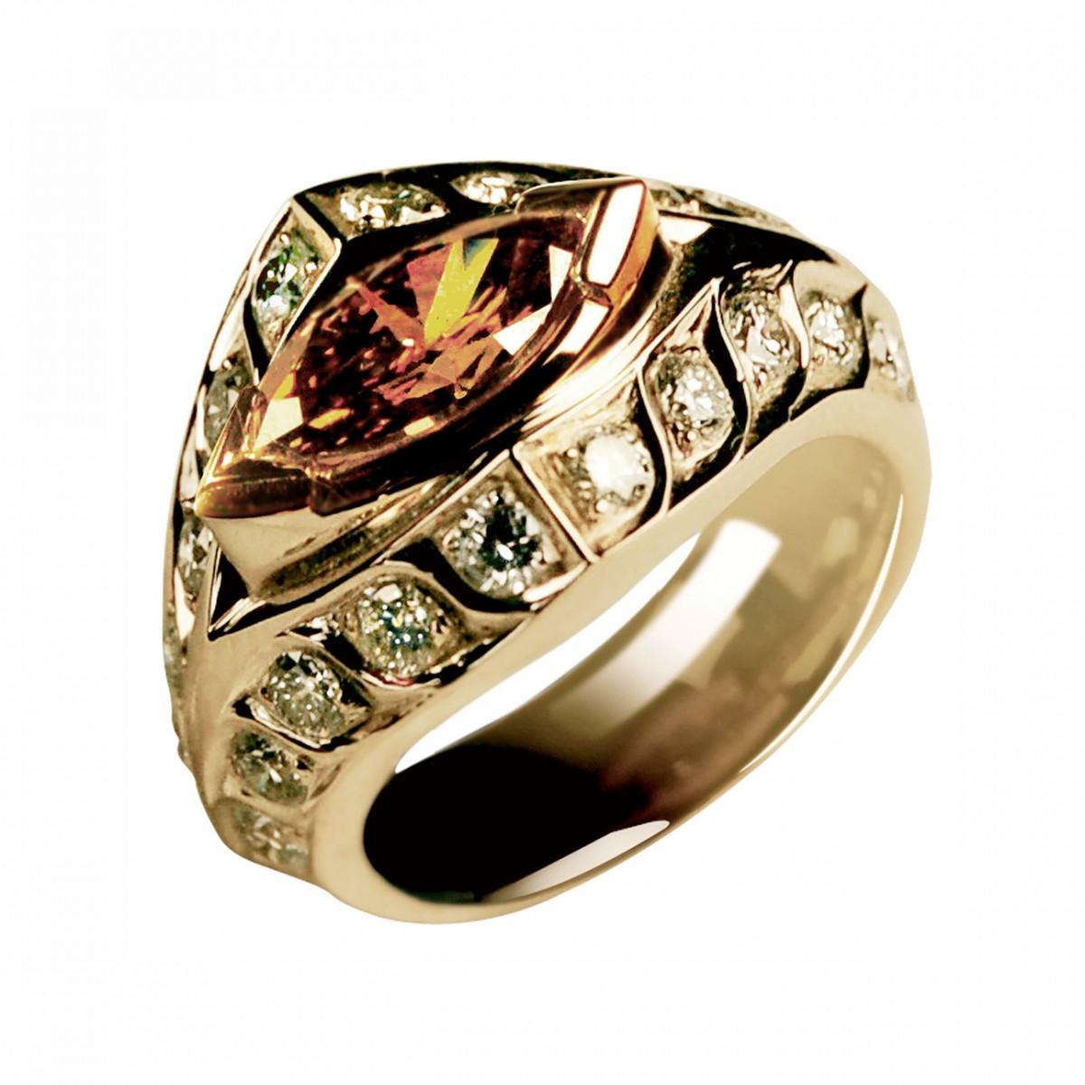 RIng met diamant marquise
